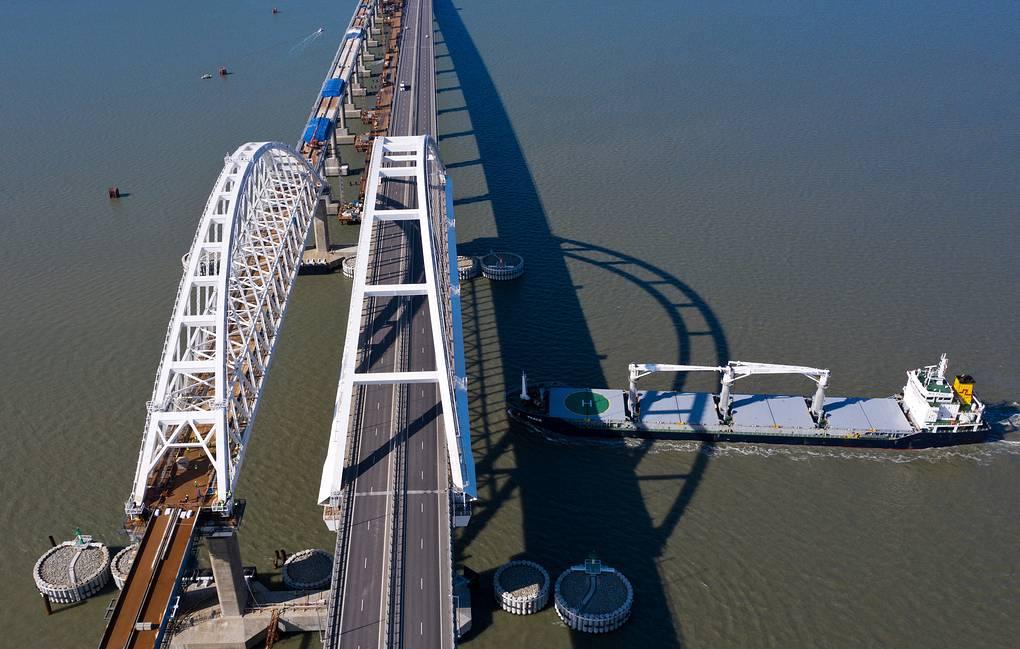 грузовое движение крымский мост
